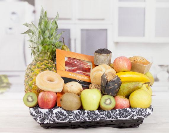 Cesta De Fruta Desayuno