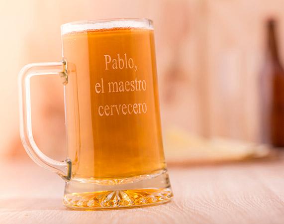 Jarra De Cerveza De Vidrio Esmerilado Grabada